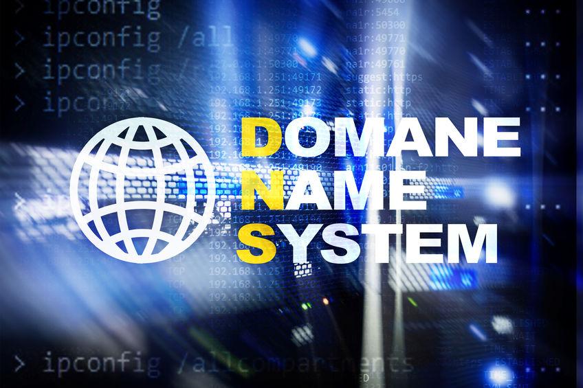 Authoritative DNS server vs Recursive DNS server